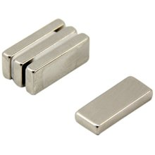 Magnet Expert® 25x 10x 4mm thick N42 Neodymium Magnet - 5.4kg Pull ( Pack of 4 )