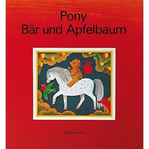 Pony, Bär und Apfelbaum.